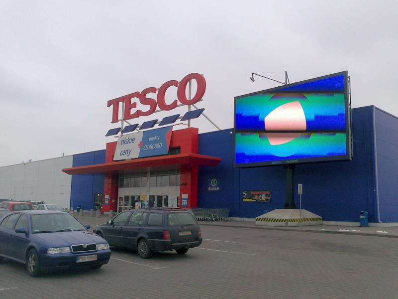 Tesco Hypermarkt in Polen